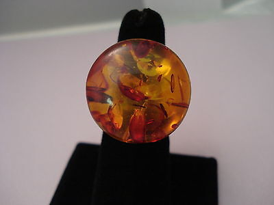 Vintage Lucite Plastic Faux Amber Dome Ring with Inclusions Size 7