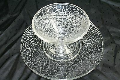 L E Smith (8) Clear Crackle Pattern Sherbet Glasses and Plates