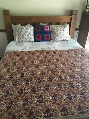 Vintage Brown Paisley   Quilt / Eiderdown - Gorgeous - Rare & Collectable