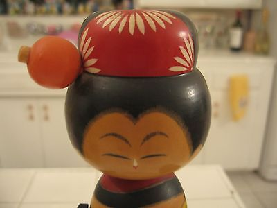 Nice Vintage HP Wood Oriental Asian Lady With Umbrella Music Box Made In Japan