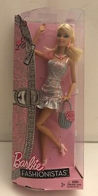 Barbie Fashionistas Collector Doll W3901