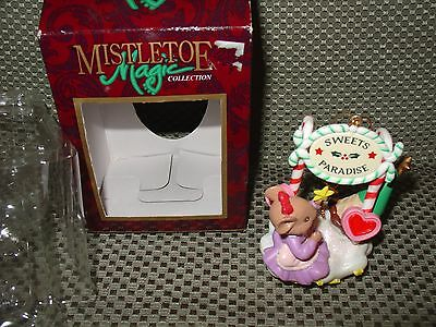 "Mistletoe Magic Ornament ""Sweet Paradise""  Mouse holding a Star. N/box"
