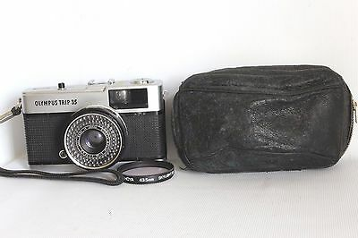 Olympus Trip 35 Film Camera 40 Mm 1:2.8 Lens +Case Good Working Condition (Used)