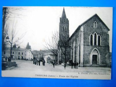 Cpa   Thodure-Place De L' Eglise-Animee
