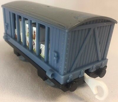Poultry Carrying Train Thomas & Friends Take Along Play HiT toy Company 2006