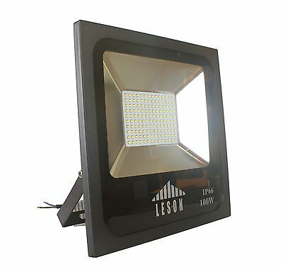 400W Equivalent Philips LEDS Waterproof IP66 100-227V Daylight LED FloodLight
