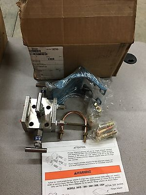 New In Box Rosemount Transmitter Manifold 0305Rt32A11B1