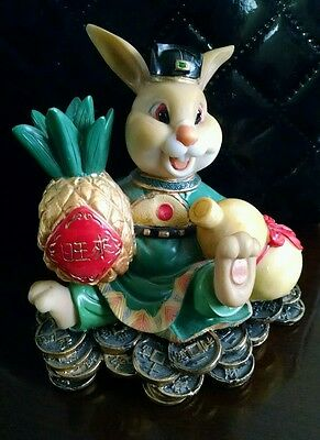 China Chinese  Lucky Money Rabbit Figurine