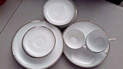 20pc Royalton China Golden Elegance 7 luncheon plates, 7 bread, 3 cups & saucers