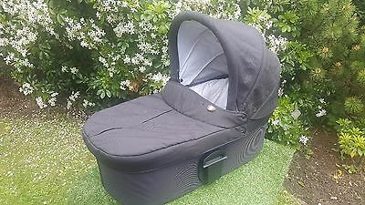 Mamas & Papas carrycot black Urbo, Sola, Glide & Zoom Also Fits Sola2 Urbo2