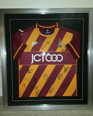 Bradford City Football Club 2016/17 Signed Framed Football Shirt