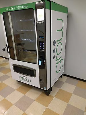 (2) Grow G3 Healthy Vending Machine USI Wittern in Houston