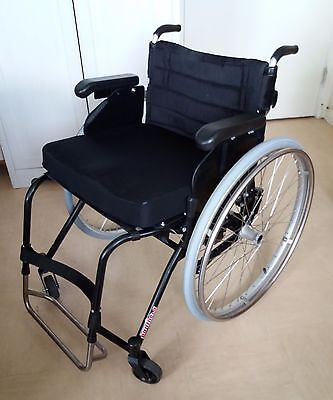 Wheelchair Panthera U2 rigid frame for active user. 45 cm seat. Max user 125 kg