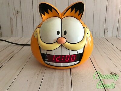 Garfield The Cat Alarm Clock Vintage 1991 Sunbeam! Cleaned And Working!