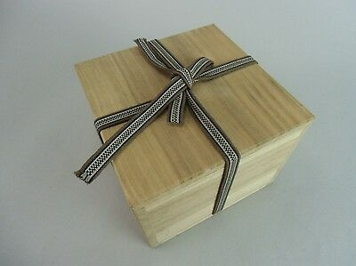 WB316 Japanese Wooden Storage box Vtg Ribbon 5.5 in.x 5.5 in.x 4 in. Chawan
