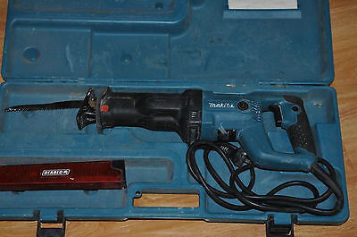 Makita JR3050T 1010W Reciprocating Saw + Case / Good Condition
