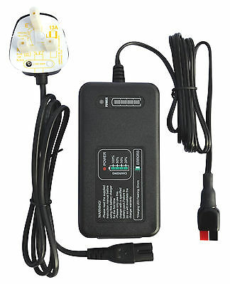 12v INTELLIGENT GOLF BATTERY CHARGER 4 AMP - TORBERRY CONNECTOR - LED DISPLAY