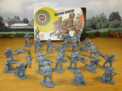 48Fp Vintage 1973 Airfix 1/32 Military Series Russian Infantry