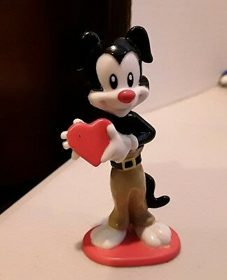wb Animaniacs PVC Yakko Heart Figure Warner Brothers Looney Tunes Topper