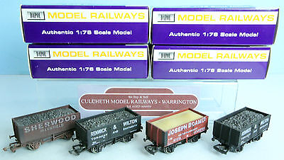Dapol 'oo' Gauge Lot Of 4 Assorted Wagons Boxed #705Y