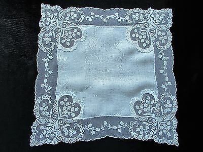Vintage White Net Lace Hankie with Hearts in Corners