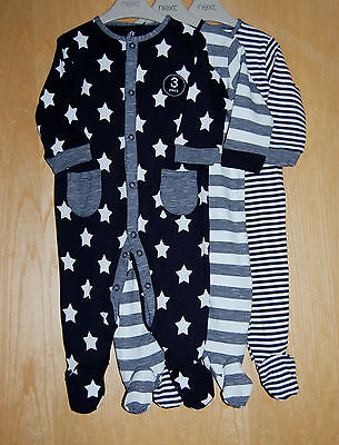 ♡ Next ♡ BNWT 3 pack Baby Boy Lovely STARS STRIPED Sleepsuit Babygrow 6-9 months