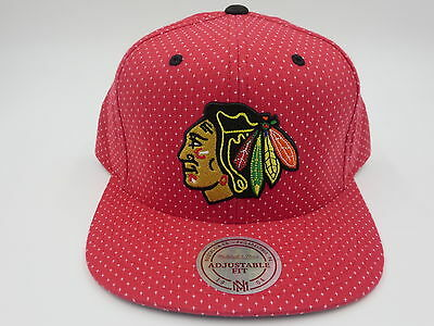 Chicago Blackhawks Red Throwback Mitchell & Ness NHL Snapback Hat Cap