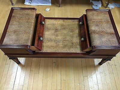 1950's Style Coffee Table With Leather Inlaid 2 Drawers