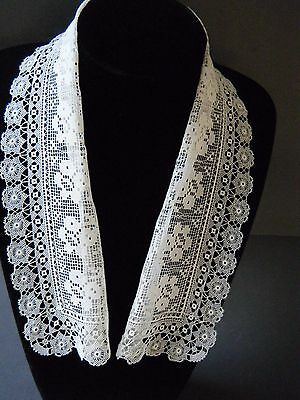 Antique Victorian Shawl Collar hand made combo of two laces beautiful design