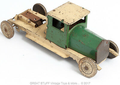 Vintage 1940's Tin Toy Truck Green Clockwork Wind Up Antique American Japanese