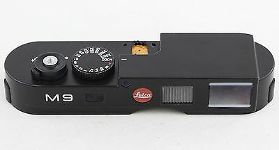 *MINT-* Leica top plate replacement for Leica M9 10704