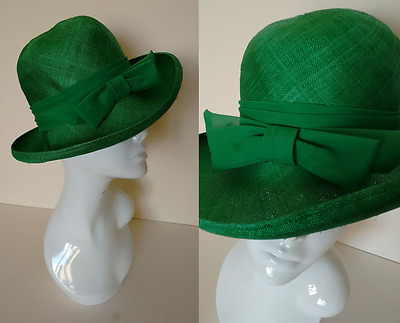 Vintage 60's 70's Bright Green Summer Sun Straw Hat with Chiffon Band and Bow