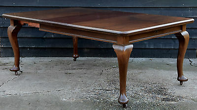 Large Victorian Mahogany Extending Dining Table
