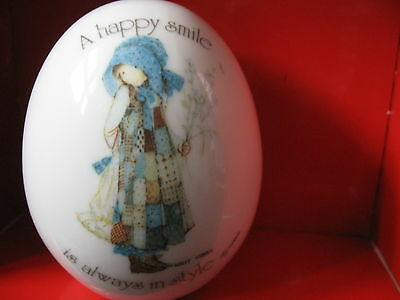 "HOLLY HOBBIE Genuine porcelain EGG ""A Happy Smile is Always in Style"" WWA"