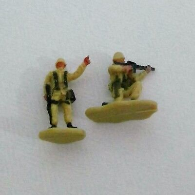 2x 1990s Micro Machines People Figures lot for Car Playsets Army (#42)