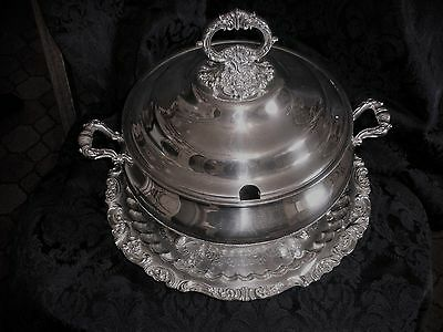 Wallace Baroque Silverplate Soup Tureen #239 and Tray #250. Excellent condition!