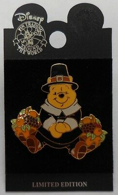 Disney Pin WDW Pilgrim Pooh Thanksgiving 2001 Pin LE13500