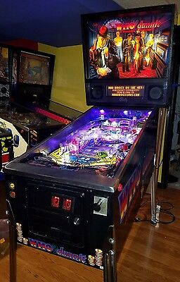 WHO DUNNIT PINBALL MACHINE by Bally with mods