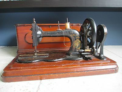 Rare Antique Bradbury Wellington Family Fiddle Base 1891 Sewing Machine in case