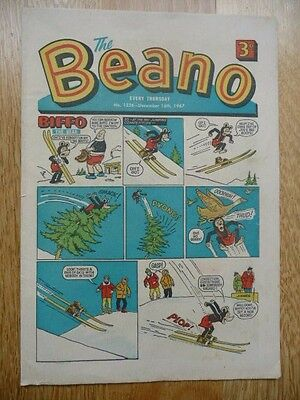 Vintage The Beano Comic  No 1326 December 16th, 1967 - Intact