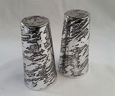 "Don Shei Vintage 1980's  Siigned Metal Alloy ""Swirl"" Salt & Pepper Shakers"