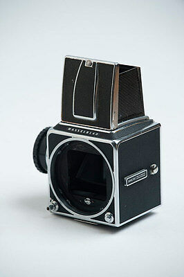 HASSELBLAD 500CM Body with Acute matte focusing screen and waiste level finder