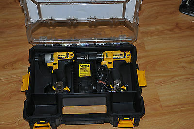 DeWalt DCZ211S2R-XE 10.8V Li-Ion Cordless 2Pce Combo Kit / Very Good Condition
