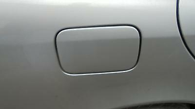 mercedes c class 1998 silver fuel filler flap (ALSO BREAKING WHOLE CAR)