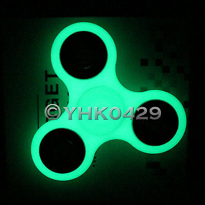 Glowing Tri-Spinner Fidget Toy EDC Hand Finger Spinner For Kids and Adults Red