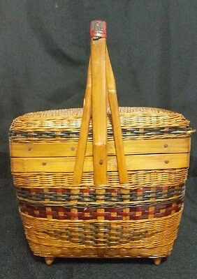 Chinese Bamboo Hand Woven Small Wedding/Food/Sewing Handled Basket w Lid  sh