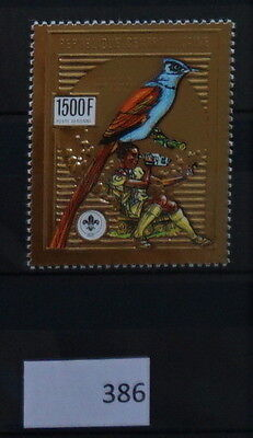 S0 0386 Birds Oiseau Vogel Central Africa MNH  Scouts Gold