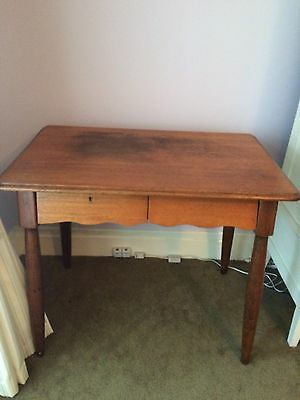 Antique Solid Oak Table - 2 Drawers Versatile