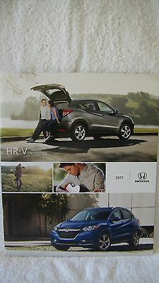 2017  Honda Cr-V Car Auto Sales Info Portfolio Brochure Booklet