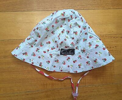 As new - Oobi hat  size 2Y - strawberry print